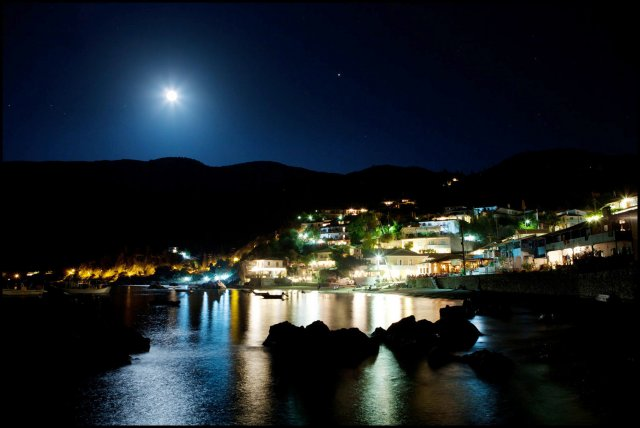 Agios Nikitas the Night